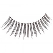 false-eyelashes-star-look-0002810